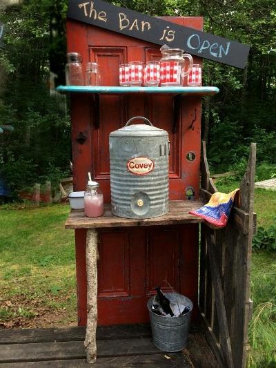 Kelly Schwierzke's outdoor bar