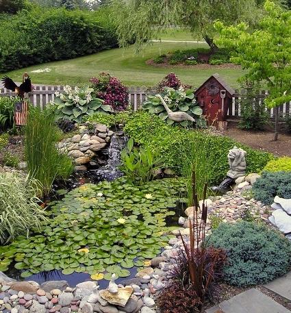 Annie Grossart-Steen's pondside paradise