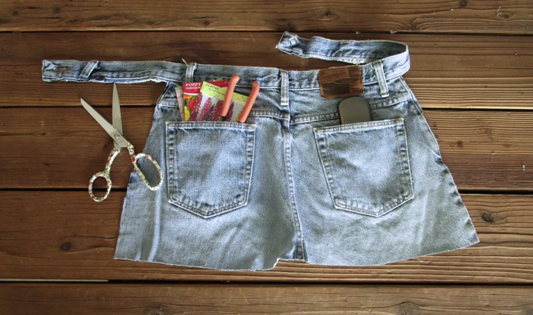 Make A Garden Apron From Jeans No Sewing Flea Market