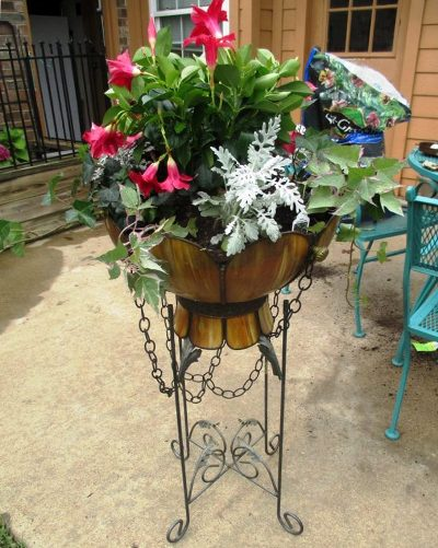 Winona Spinks second planter, as nice as the first!