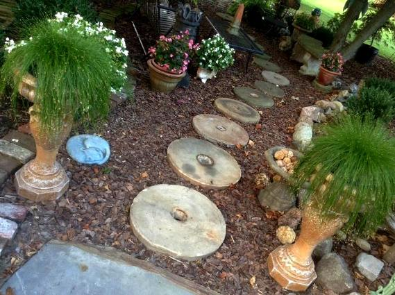 Impressive grinding stone path