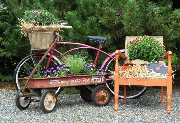 Sandy Fischer's fun combination of bicycle and Radio Flyer wagon