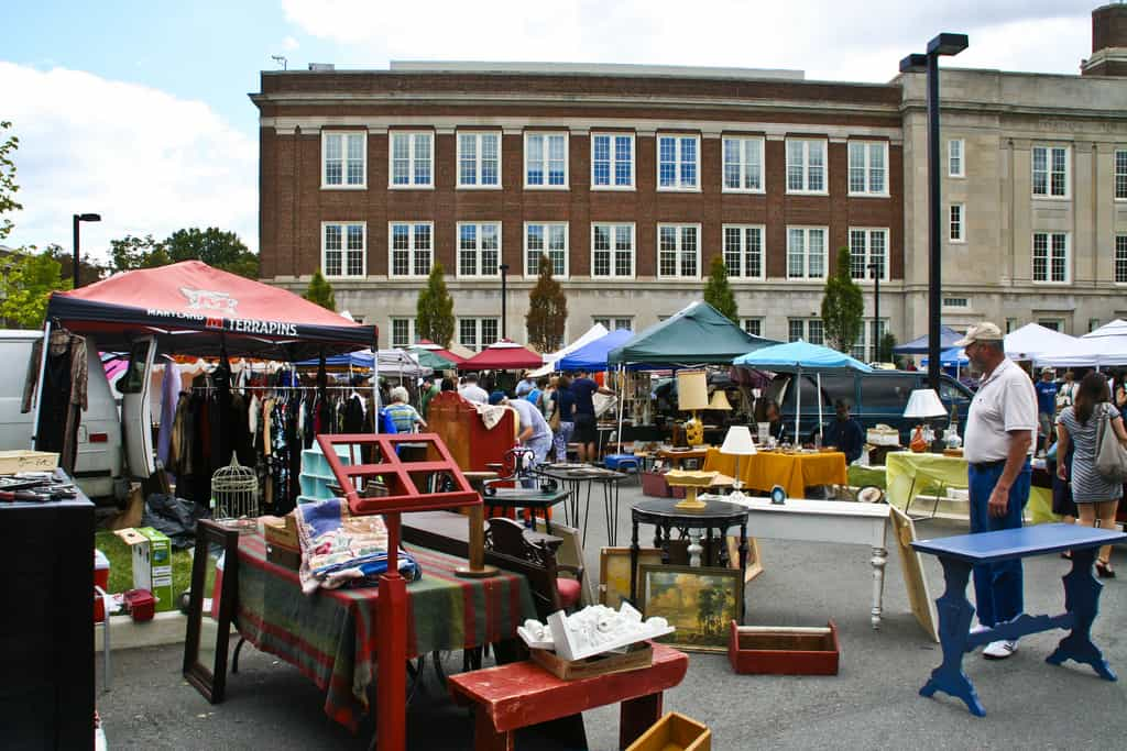 Georgetown Flea Market - (c) by InspirationDC