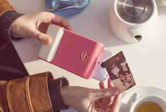 Prynt turns your smartphone into a Polaroid camera -006