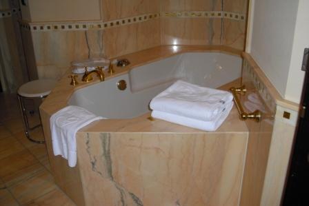 Fliesen Preise Und Badezimmer Ideen Was Darf Es Kosten? Fliesen   Badezimmer  4 5 M2