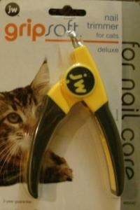 JW Grip Soft Nail Trimmer For Cats Deluxe Version