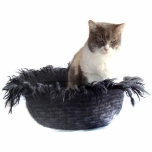 Hand Knit Peruvian Highland Wool Felted Cat Napper Cat Bed - Mehitabel