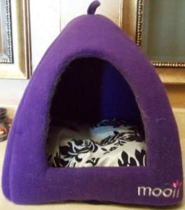 Mooii - Igloo Pet Bed - Great For Dogs And Cats