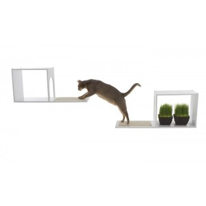 Designer Pet Products Sophia Wall Mounted Cat Tree