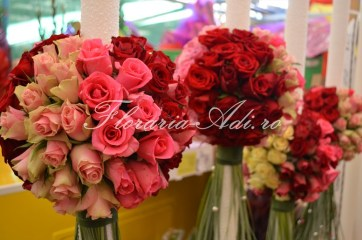 lumanare nunta arad cu trandafiri multicolor