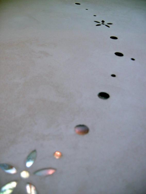 Incrustation Mosaique et béton ciré
