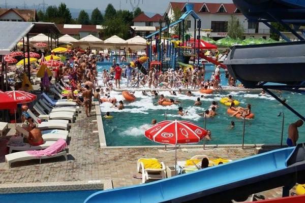 Un nou sezon la Aqua Park Floresti!