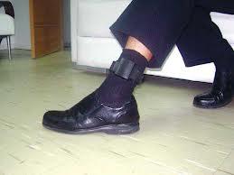 Presos vão usar tornozeleiras eletrônicas