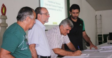 assinatura_contratos_assistencia_tecnica-31_03_15[1]