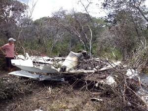 Avião explodiu durante queda em Assunção do Piauí (Foto: Caetano Silva/Assuncaolivre.com)