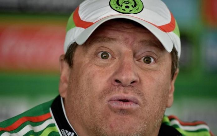 Miguel Herrera é demitido dois dias após vencer a Copa Ouro. Foto: Yuri Cortez/AFP