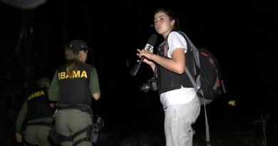 A repórter Mayara Teixeira