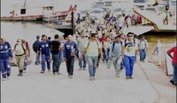 Trabalhadores-desembarcam-diariamente-para-trabalhar-em-Miritituba