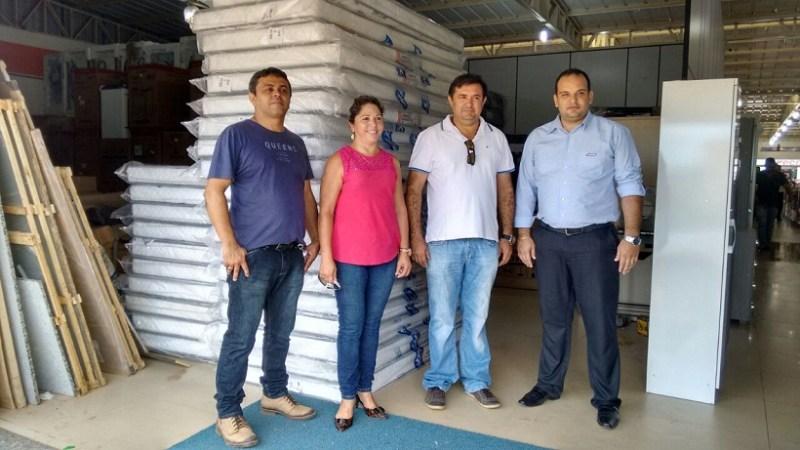 Diretor do Hospital,Secretária de Saúde,Prefito e Gerente da Loja Gazim de Novo Progresso.