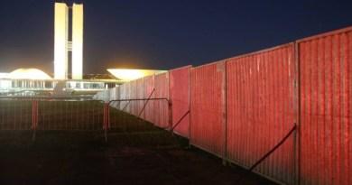 muro-impeachment-congressoGLOBO