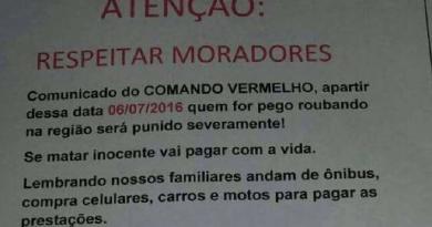 Cartaz anti-roubo em favel de São Gonçalo, no Rio