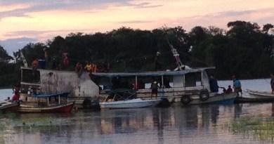 De acordo com o ICMBio, um barco coletor era usado para o transporte do pescado (Foto: Divulgação/ICMBio)