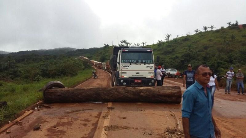 Local do bloqueio da rodovia em Novo Progresso