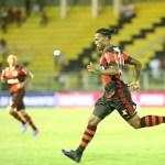 Furacão bate o Flamengo na Arena e assume liderança do Grupo 4 na Libertadores