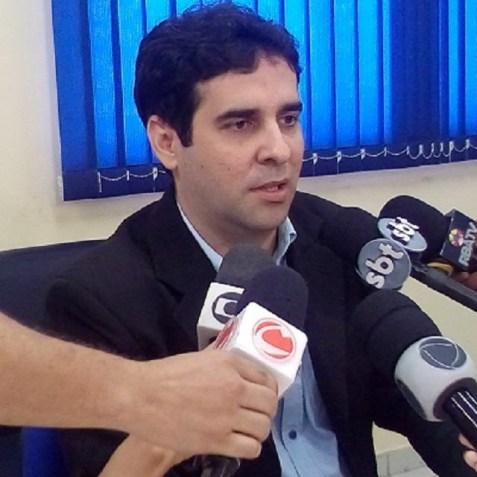 Delegado Fernando Bezerra