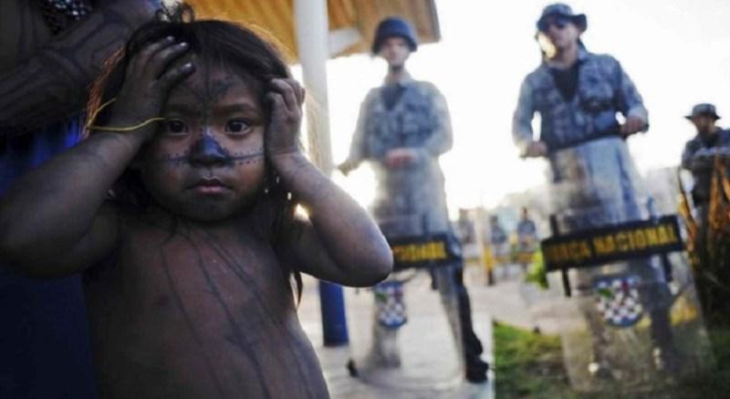 Criança Munduruku durante ocupação em Belo Monte. Foto de Lunae Parracho /Reuters