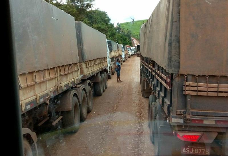 DNIT e Exército complicam a vida do Agronegócio- BR-163 volta ser interditada para caminhões carregados