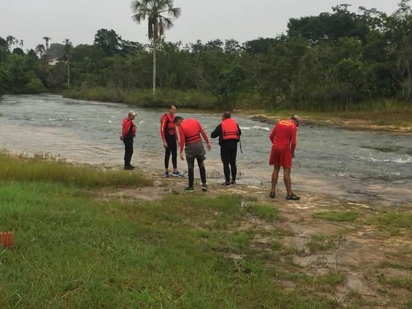 Buscas eram feitas desde a manhã desta segunda-feira (12) (Foto: Corpo de Bombeiros-MT/ Divulgação)