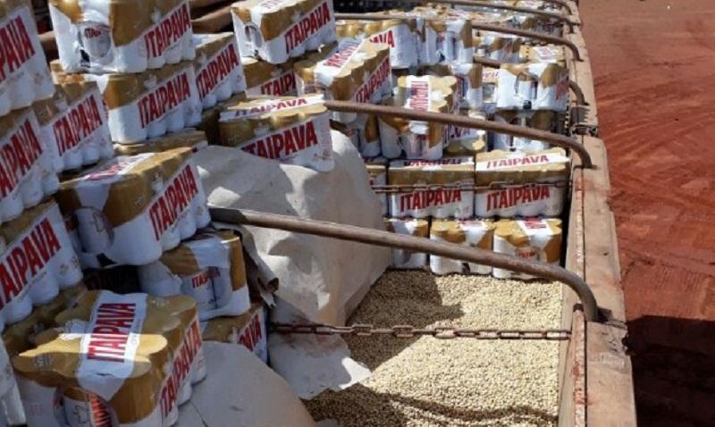 Carregamento de Cerveja em carreta com soja é apreendida em Novo Progresso