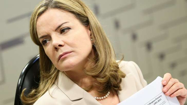 A presidente nacional do PT, senadora Gleisi Hoffmann (PR): A cúpula do PT rejeitou até agora sugestões para discutir um 'plano B' na eleição presidencial(Foto Marcelo Camargo/Agência Brasil)