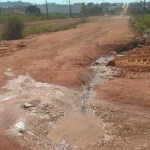Descaso -Vazamento completa 20 dias sem solução em bairro de Novo Progresso
