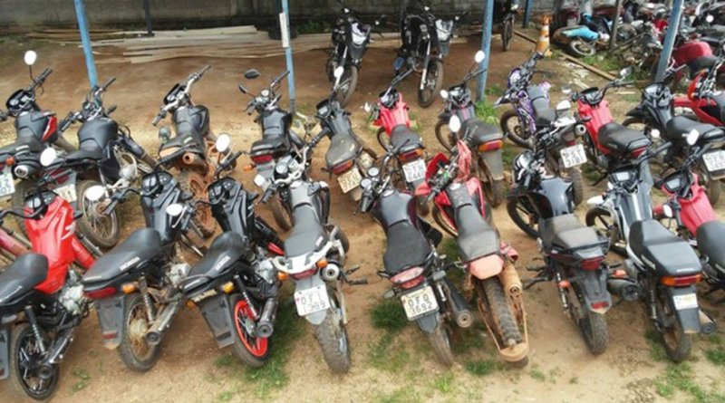 destaque-506253-motocicleta
