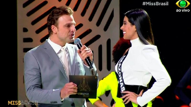 Cassio Reis e a Miss Amazonas no Miss Brasil 2018: – © Reprodução –