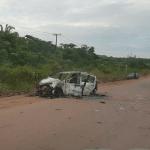 Um morre após carro pegar fogo ao bater de frente com carreta em Novo Progresso