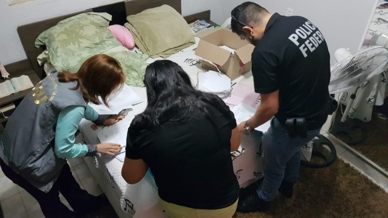 Operação Diagnosis foi deflagrada por mais de 40 agentes (Foto: Polícia Federal/Divulgação)