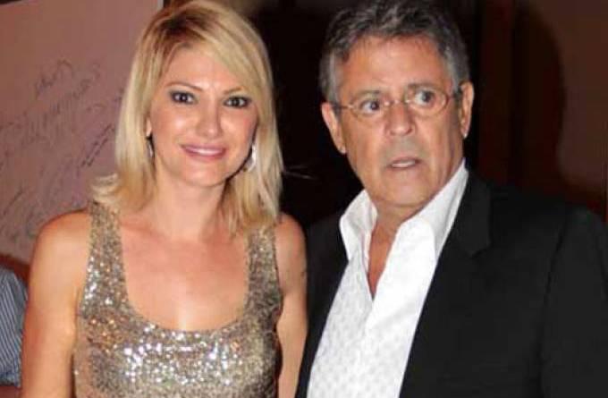 o-ator-e-diretor-marcos-paulo-com-a-mulher-a-atriz-antonia-fontenelle-na-festa-de-encerramento-do-9-amazonas-film-festival-sexta-feira-09-11-12-original3