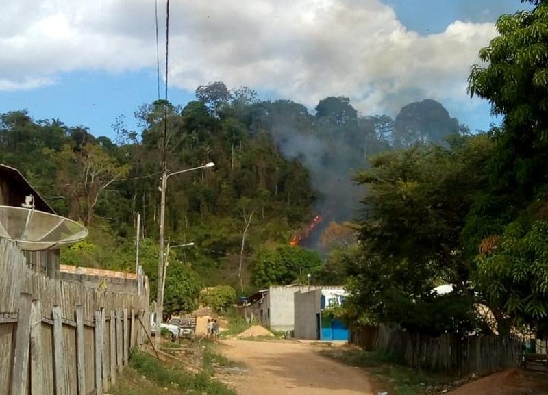 Avião pega fogo após pouso forçado no sudeste do Pará. (Foto: Reprodução / Polícia Civil)