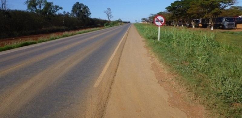 """(Foto:    CNT/Divulgação)-     """"Derrubei todas as árvores [na BR-163, na foto], sem ninguém encher o saco"""", diz general"""