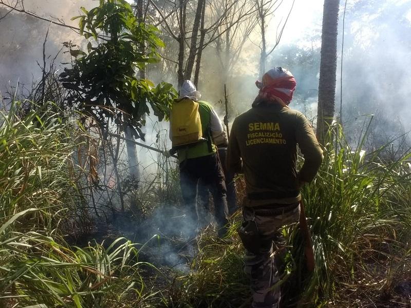 Aproximadamente 30 profissionais que atuam nas Defesas Civis de oito cidades do oeste do Pará e agentes da Secretaria Municipal de Meio Ambiente (Semma) participaram dos treinamentos — Foto: Ascom/Corpo de Bombeiros