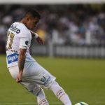 Santos perde para Chapecoense e desperdiça chance de entrar no G6