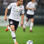 Corinthians perde, mas fica com vaga na Copa Sul-Americana