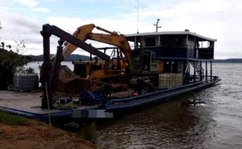 Balsa naufraga em Itaituba e deixa um morto e três desaparecidos