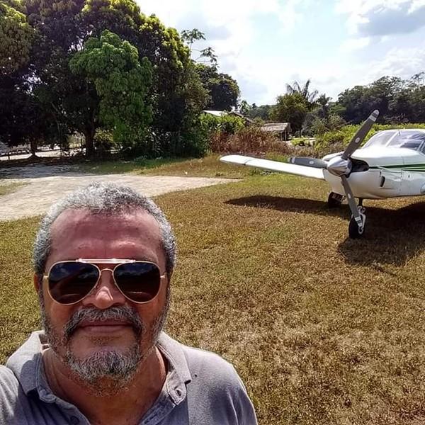 Piloto Jeziel Moura pilotava avião monomotor que desapareceu na Amazônia no dia 2 de dezembro — Foto: Flávia Moura/Arquivo Pessoal