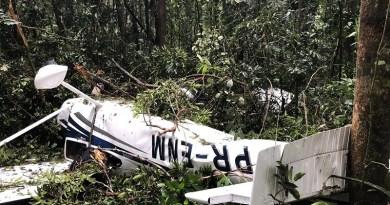 Avião caiu no final da manhã de sábado (23) em Jacareacanga — Foto: Divulgação/ Polícia Civil