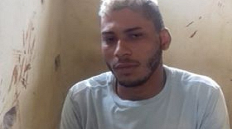 Policia Militar prende foragido em Castelo de Sonhos com revólver munição e moto com placa adulterada