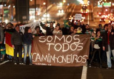 Insatisfação entre caminhoneiros pode disparar nova greve, diz entidade